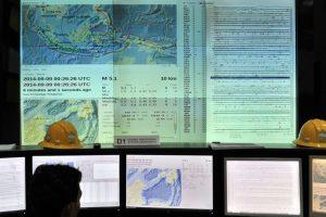 Gempa Besar Menggoncang Papua & Maluku