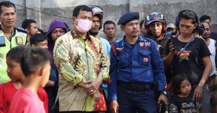 Iqbal Suhaeb Langsung Kunjungi Lokasi Kebakaran di Jl. Harimau