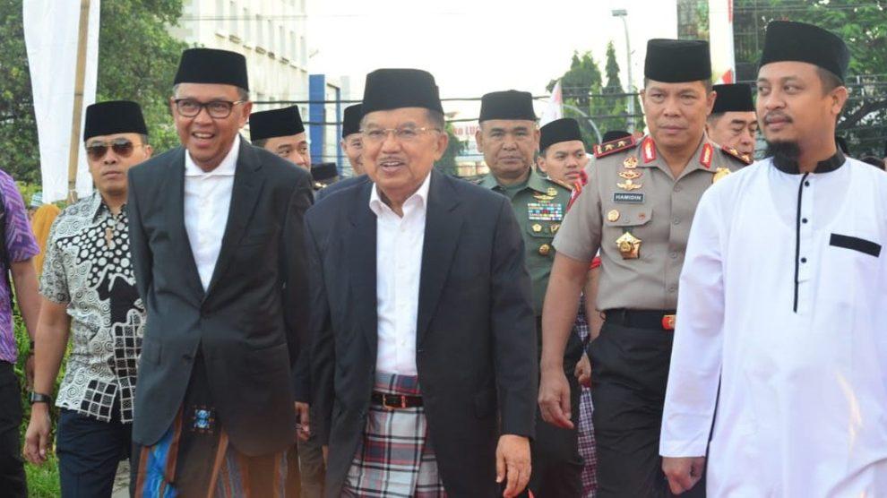 Usai Sholat Idul Adha, Gubernur Sulsel Silaturahmi di Kediaman Pribadi Wapres JK