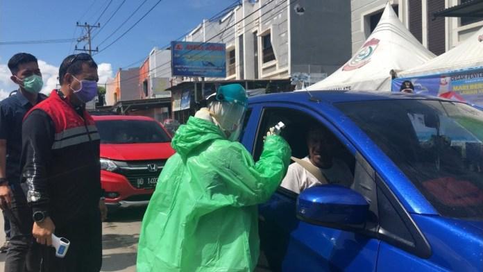 Perbatasan Makassar Diperketat, Pendatang Wajib Cek Suhu Tubuh dan Semprot Disinfektan