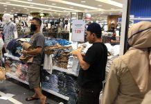 Berlakukan Perwali Protokol Kesehatan, Pemkot Makassar Awasi Pengunjung Mall