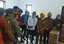 Unismuh Makassar Serahkan Bantuan Korban Bencana Alam di Jeneponto dan Bantaeng