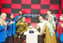 Mahasiswa Komunikasi Unismuh Makassar Praktek Magang Jadi Wartawan Media Cetak dan Online