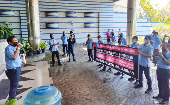 Karyawan PDAM Makassar Ancam Lapor ke APH Jika AJB Bumiputera Belum Kembalikan Dana Pensiun