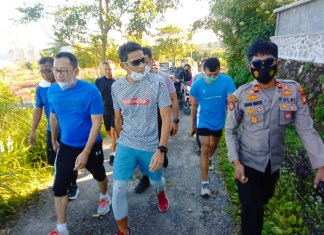 Kapolsek Tinggimoncong Dampingi Menparekraf RI Sandiaga Uno