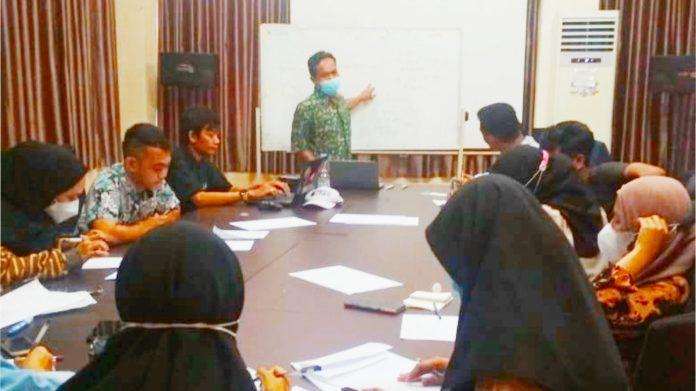 Sekolah Wirausaha Muda YESS Belajar Pengembangan Produk