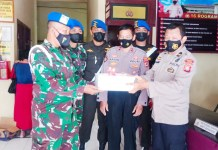 HUT Bhayangkara: Divisi 3 Kostrad Berikan Surprise Ulang Tahun Ke Polsek Bontomarannu