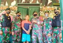 Satgas Pamtas Yonarhanud 16/SBC kembali terima Senjata Rakitan dari masyarakat di Perbatasan