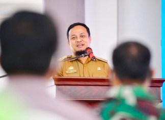 Pelaksana Tugas Gubernur Sulawesi Selatan Andi Sudirman Sulaiman