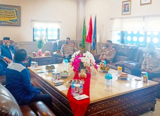 Pererat Silahturahmi, Kapolres Gowa Sambangi Rektor Unismuh Makassar