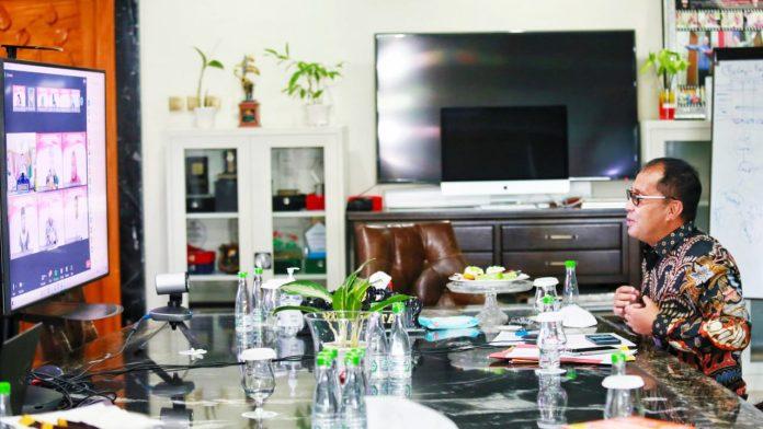 Mentan Syahrul Apresiasi Wali Kota Danny Tingginya Produksi Cabai di Lorong Makassar