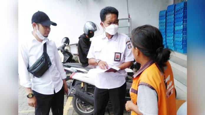 Perumda Parkir Makassar Raya Tertibkan Atribut Jukir