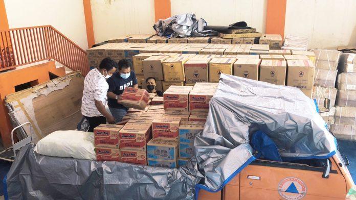 Gerak Cepat, Plt Gubernur Kirim Bantuan Logistik bagi Korban Banjir di Luwu