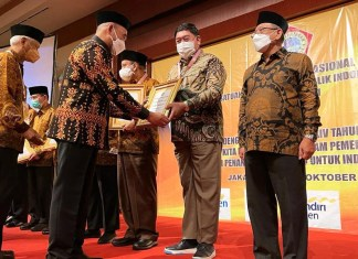 Sekprov Sulsel Raih Penghargaan PWRI untuk kelima kalinya