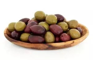 Maslinic acid, a chemical found in the waxy skin of olives, has been shown to induce cell death through two different pathways in colon cancer cells within laboratory settings. Researchers hope that maslinic acid could be used in order to treat colon cancer in humans