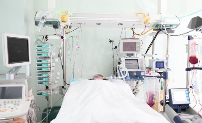 https://i2.wp.com/www.medicalnewstoday.com/content/images/articles/311/311433/icu-bed.jpg