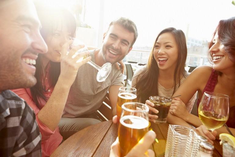 L'alcool est-il bon ou mauvais pour la santé ?