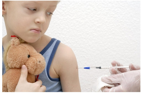 La storia di Martina e Leonardo : ingannati e traditi dai vaccini
