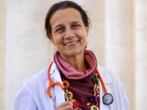 """Articolo su Famiglia Cristiana: """"Lucia Ercoli, la dottoressa che cura i poveri del Papa"""""""