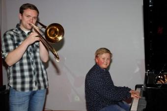 OPNING: Musikantane frå Langhaugen vgs som opna konferansen.