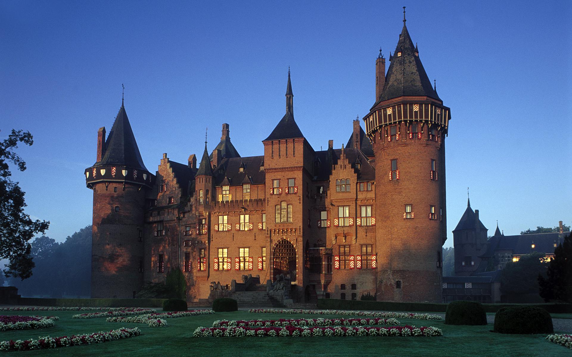 Castles Of Europe Windows 7 Theme