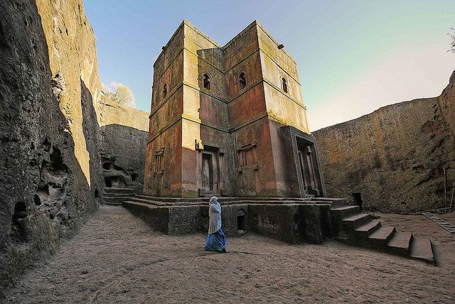 Lalibela - photo by Roberto Vallejo / Flickr
