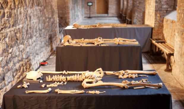 Black Death victims