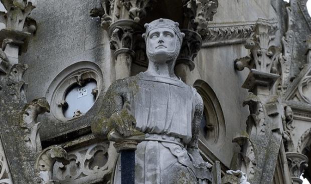 statue of Simon de Montfort on the Haymarket Memorial Clock Tower in Leicester, England.