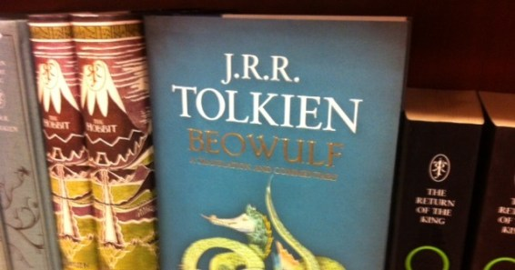 tolkien beowulf middle earth