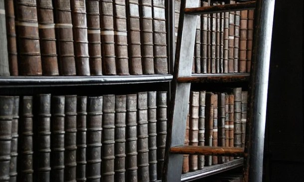 rules medieval library - Old Library, Trinity College - Photo by Swipe/Flickr