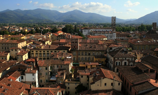 City of Lucca, Italy. Image via Flickr by bongo vongo.