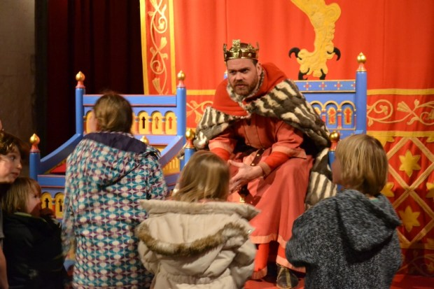 King Henry II engaging with children at Dover Castle. Photo courtesy of Past Pleasures.