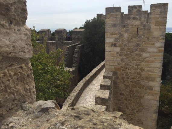 Walk along the castle walls from tower to tower. Photo by Medievalists.net.