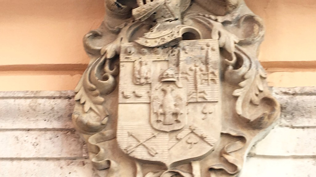 Spanish crest from Valencia. Photo by Medievalists.net