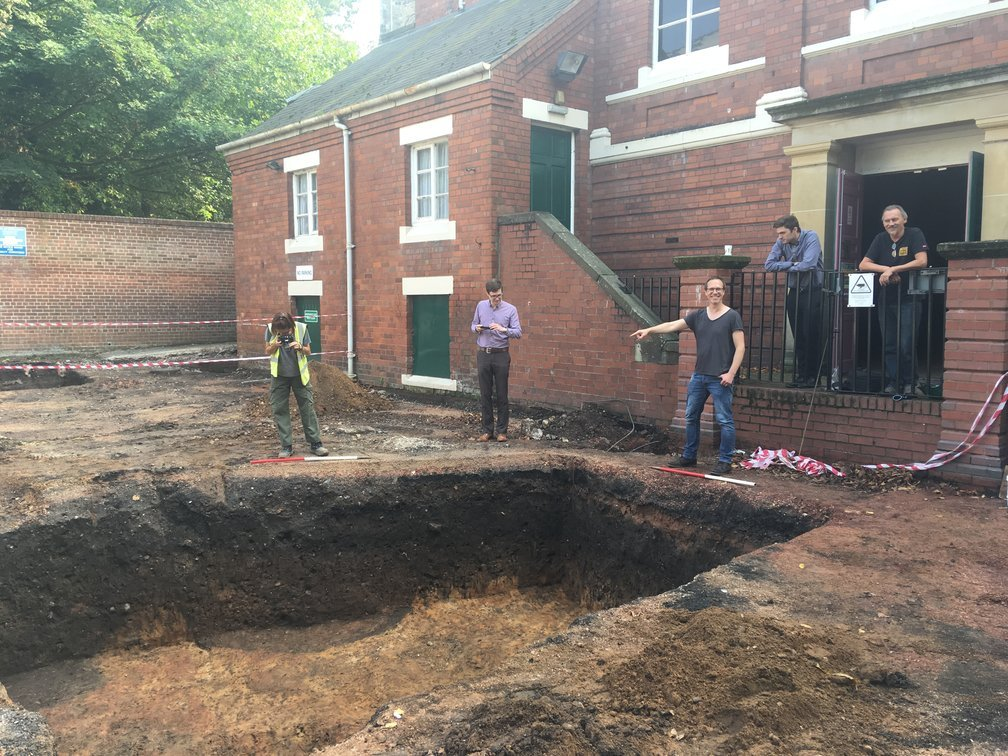 Archaeologists dig in to explore Tamworth's history