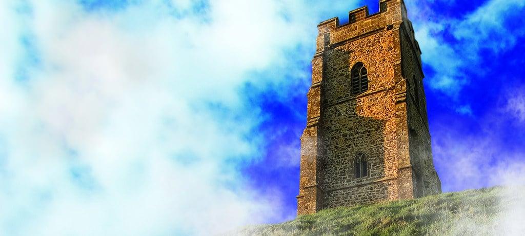 Desperately Seeking King Arthur: History, Myth and Tourism