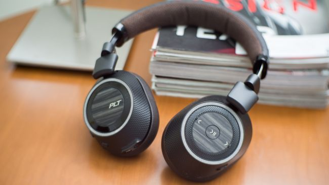 Headphone Dan Earphone Terbaik. Sumber : techradar