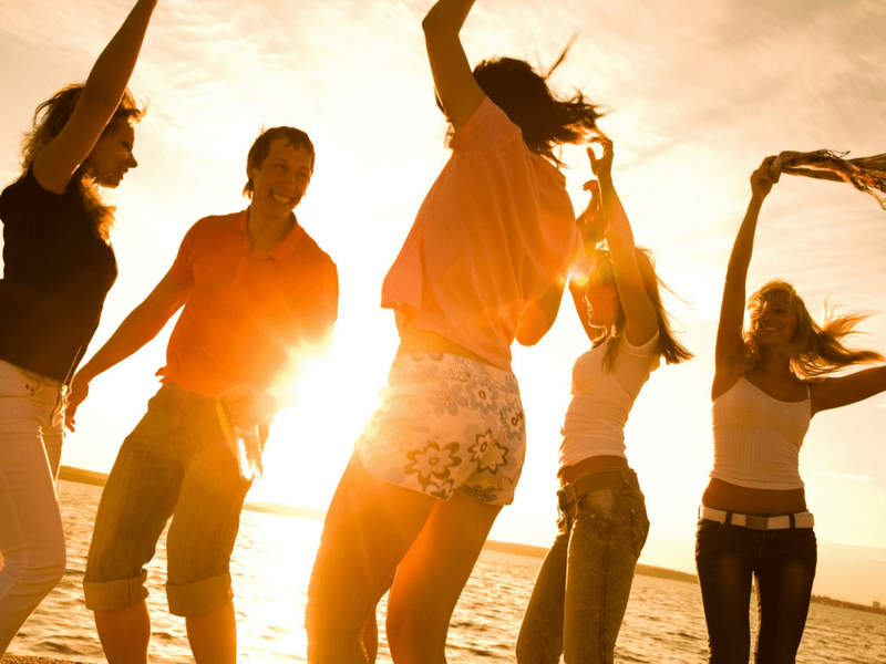 7 Personality Traits Of People Who Are Well Liked