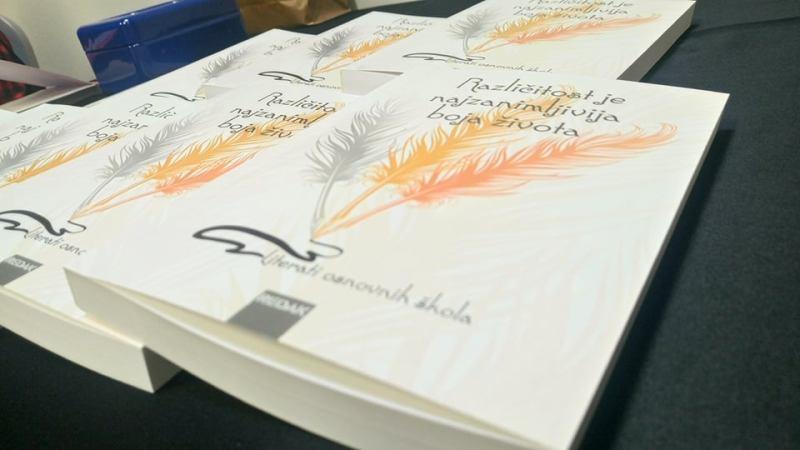 Naslov knjige Različitost je najzanimljivija boja života uzet je iz odličnog eseja Ivana Franković – Žileta, 8. razreda OŠ Ston