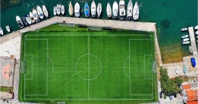 Nogometni teren na hrvatskom otoku jedan je od najljepših na svijetu, odlučili ljubitelji nogometa