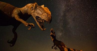 Izumiranje dinosaura nije pokrenuo asteroid, već dio kometa?