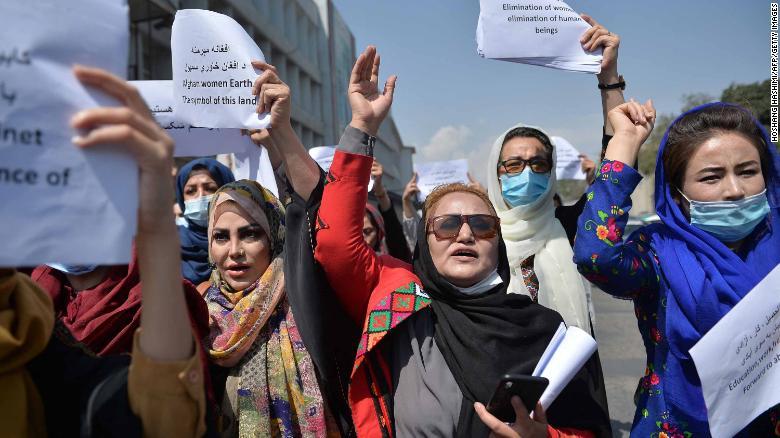 Žene u Kabulu prosvjedovale usprkos riziku i opasnosti po život