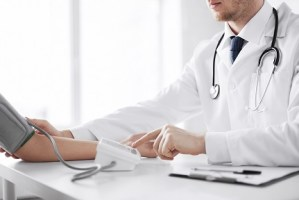 Šeimos medicina, šeimos gydytojas, bendrosios praktikos gydytojas