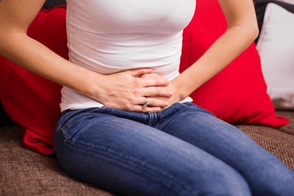 Pain in lower right abdomen missed period
