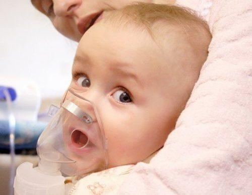 вдыхание растовра ребёнком