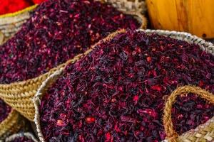Чай каркаде - напиток из лепестков суданской розы
