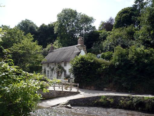 Knusperhaus in Helford