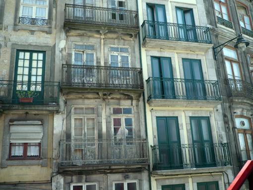 Viel Bruch in Porto's Altstadt