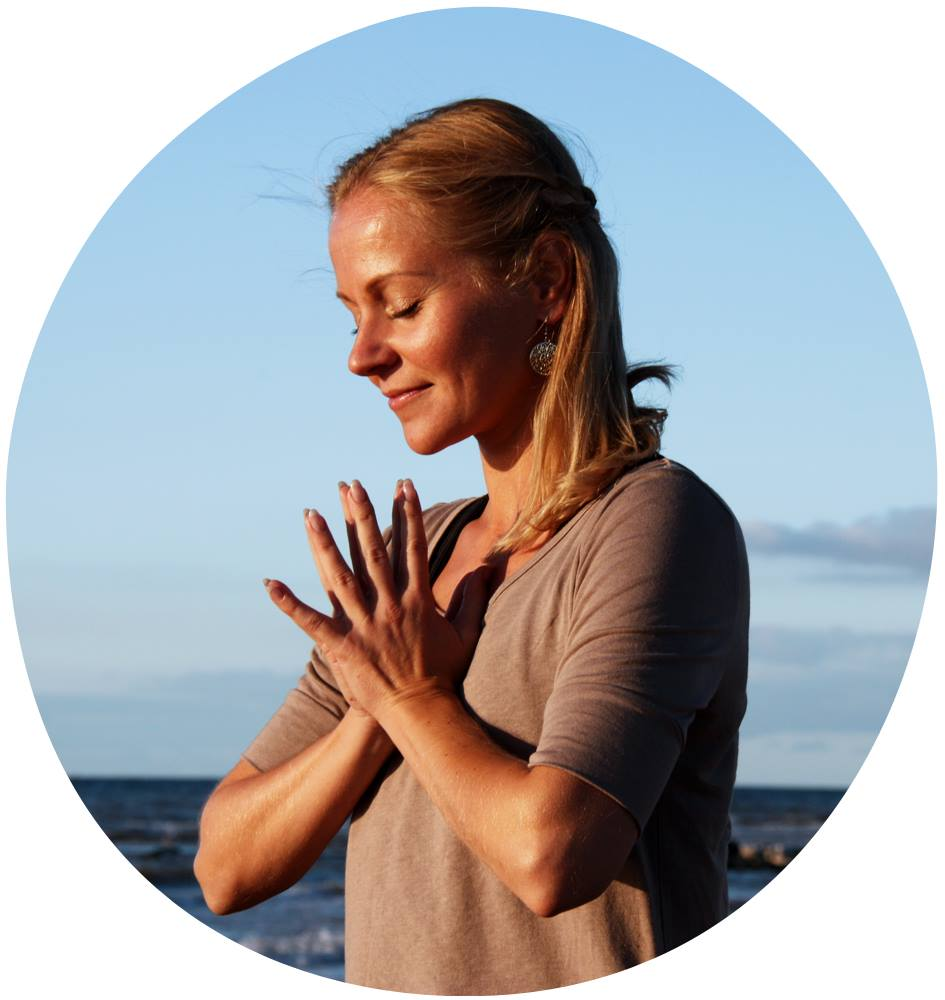 Esther Schippers - 100%Yoga