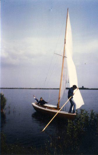 1984 001 Akka - Bernard0001